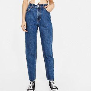 05d91ed91b7188 Bershka High Rise Mom Jeans